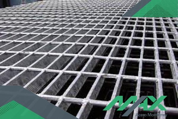 La rejilla industriales una de las mejores opciones para pisos en fábricas y almacenes. Contamos con envíos para toda la república. ¡Llámanos!